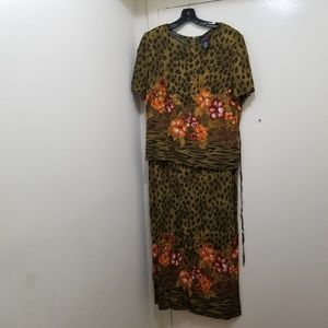 SCARLETT floral dress size 18 (xl)